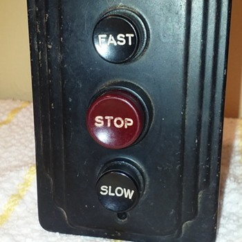 old 3-button industrial fan (?) switch - Electronics