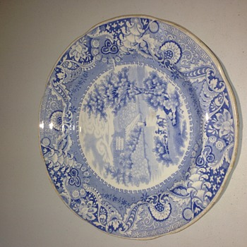 Antique Blue & White Pearlware plate - China and Dinnerware