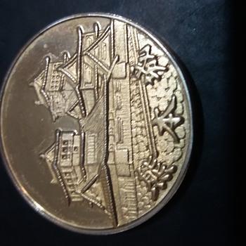 gold coin - World Coins
