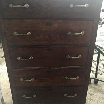 5 Drawer Dresser  - Furniture