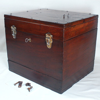 Small antique travel trunk?