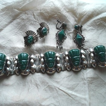 Mexican Silver and Green Stone Tiki bracelet and earrings - Fine Jewelry