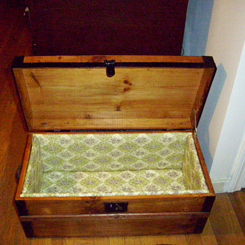 Antique Trunks  - Refinished and Cleaned Up - Furniture