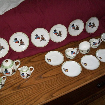 Anitque egg-shell child's golliwog tea service - China and Dinnerware