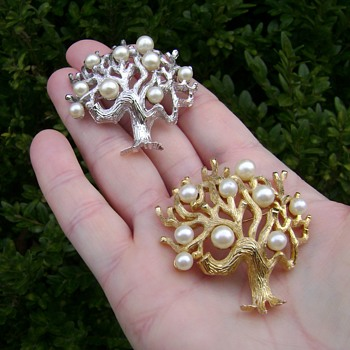 Crown Trifari Tree of Life Brooch Set - Costume Jewelry