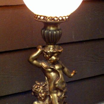 1900-1950 (?) cherub lamp