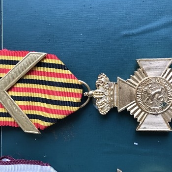 World  War 2  Medal s - Military and Wartime