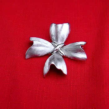 Vintage Trifari Ribbon Maltese Cross - Costume Jewelry