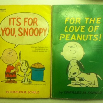 "1960s ""Peanuts"" Comic Books"