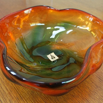Majolican, not from Italy but Japan! - Art Glass