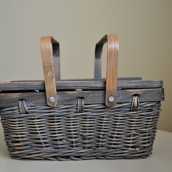 Old woven basket that I just couldn't say no to.