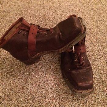 1940s vintage handmade German Ski Boots