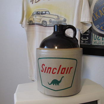 Sinclair Stoneware Jug. - Petroliana