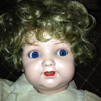 mothers doll made in Germany - says 132 on back of head - Dolls