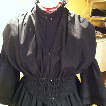 Full 1st Stage Victorian Mourning - 1850's - Victorian Era