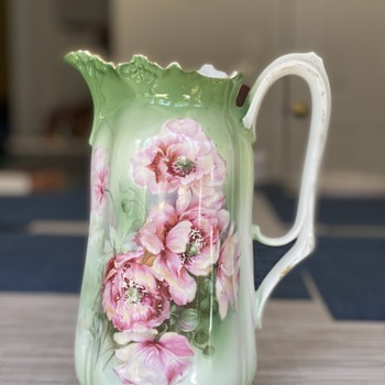 Vintage pitcher - China and Dinnerware