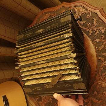 Korc Accordeon - Musical Instruments