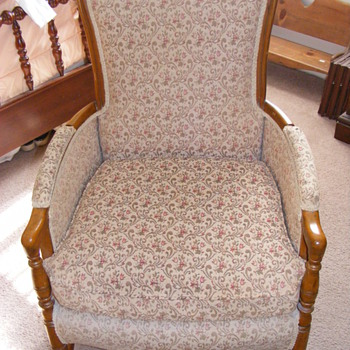 Beautiful, Comfortable old or vintage chair? - Furniture