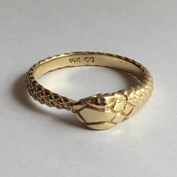 Victorian 10k ouroboros snake ring