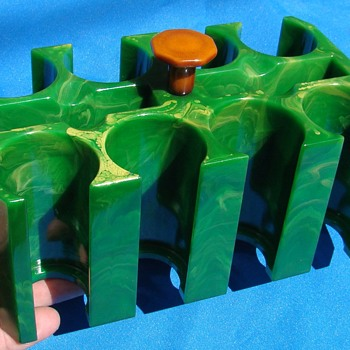 Marbled Yellow Green Catalin Bakelite Poker Chip Card Rack Tray  - Games