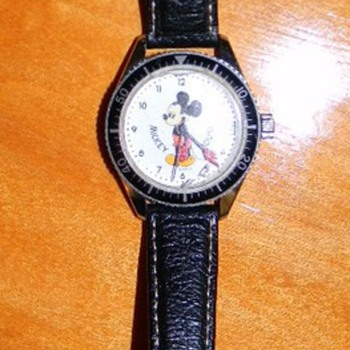 Micky Mouse 17 jewel Swill made watch - WHO MADE? - Wristwatches