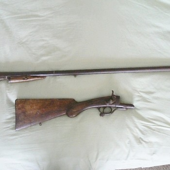 Antique Rifle - Military and Wartime