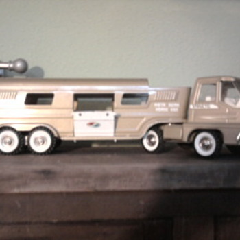 Structo Vista Dome Horse Van - Model Cars