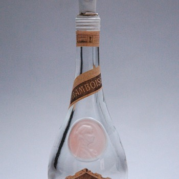 rare miniature bottle CLOS SAINT ODILE by RENE LALIQUE - Bottles