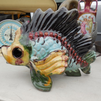 Flea Market Item Pottery Fish Handmade In Austria Need Information Probably Anzengruber Keramik - Animals