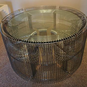 Art Deco round chrome glass 6 chair set. - Furniture