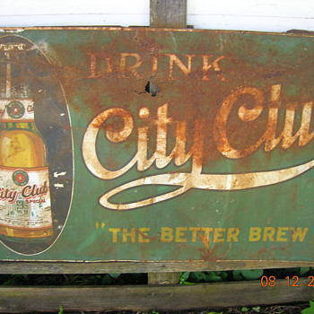 City Club special tin beer sign made by Schmidt brewing - Breweriana