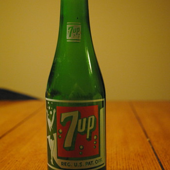 1930's/40's 7Up Bottle-Detroit, MI - Bottles