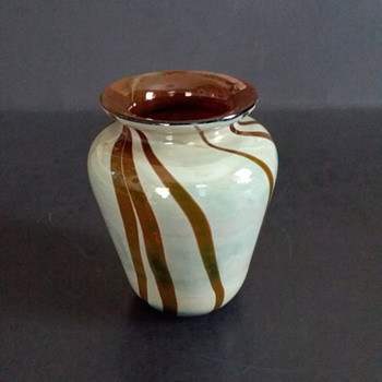 Arthur Allison, small glass vase - Art Glass