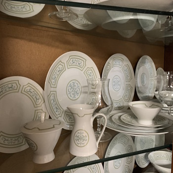 Rosenthal Germany Versailles Mid Century Raymond Loewy Mint - China and Dinnerware