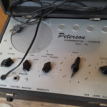 old musical instrument tuners #3: PETERSON model 200 CHROMATIC TUNER - Electronics