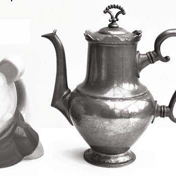 Dutch Daalderop coffee pot - Kitchen
