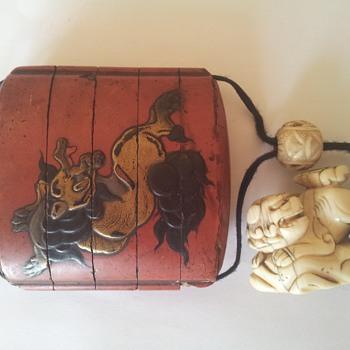 Asian tobacco lacquer box
