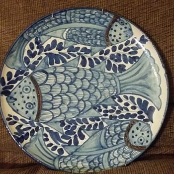 Decorative blue fish plate - China and Dinnerware