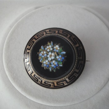 Micro Mosaic Forget Me Not Flower Brooch Meander Border - Fine Jewelry