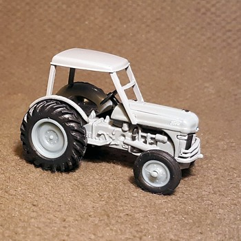 Greenlight Down on the Farm 1949 8N Tractor With Canopy 1/64 Scale - Model Cars