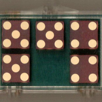 1980's - Bud Jones Co. Casino Dice - Games
