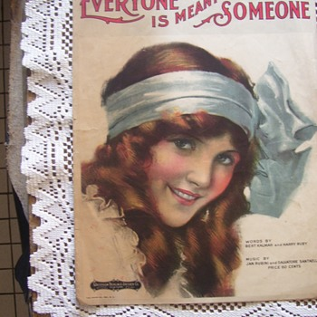 SHEET MUSIC COLLECTIBLE 1919, VERY VIVID YOUNG WOMAN ,SO PRETTY - Music Memorabilia