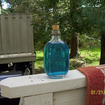 OLD QUAKER BOTTLE - Bottles