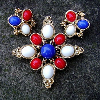 Sarah Coventry Brooch Set - Americana - Costume Jewelry