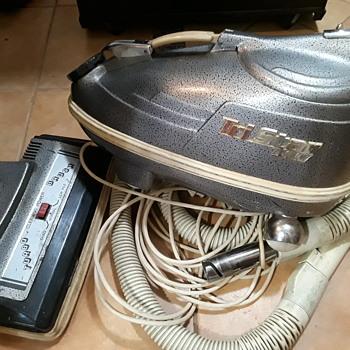 TRI-STAR vacuum cleaner (#3) - Tools and Hardware