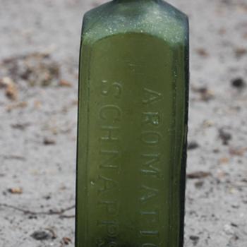 ~~~Old Schnapps Bottle~~~ - Bottles