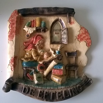 Souvenir Wall Plaque From The Efteling Fantasy Park Netherlands > See Update Below... - Pottery