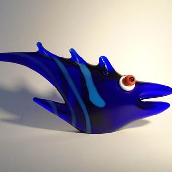 Jan Exnar whimsical art glass fish from 1995 -- Beranek glassworks -- Czech art glass - Animals