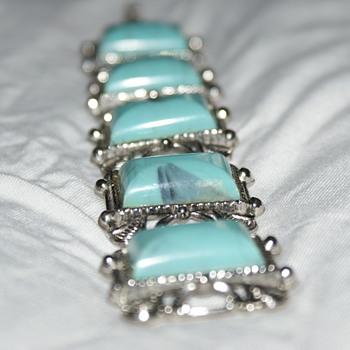 Thermoset Turquoise Plastic Vintage Bracelet - Costume Jewelry