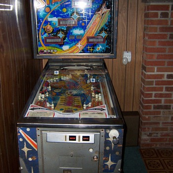 """Stars"" Pinball Machine - Coin Operated"